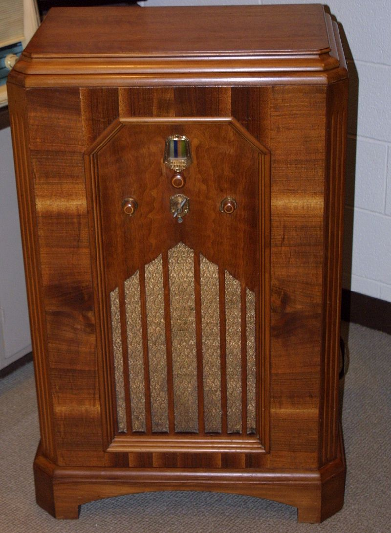 fashioned radio cabinet radios for sale. fashioned radio cabinet - radios for  sale . - - Antique Radio Cabinet Value Antique Furniture