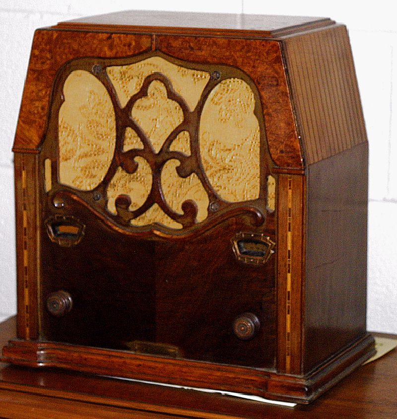Zenith 1934 Restored Radio - Beautiful
